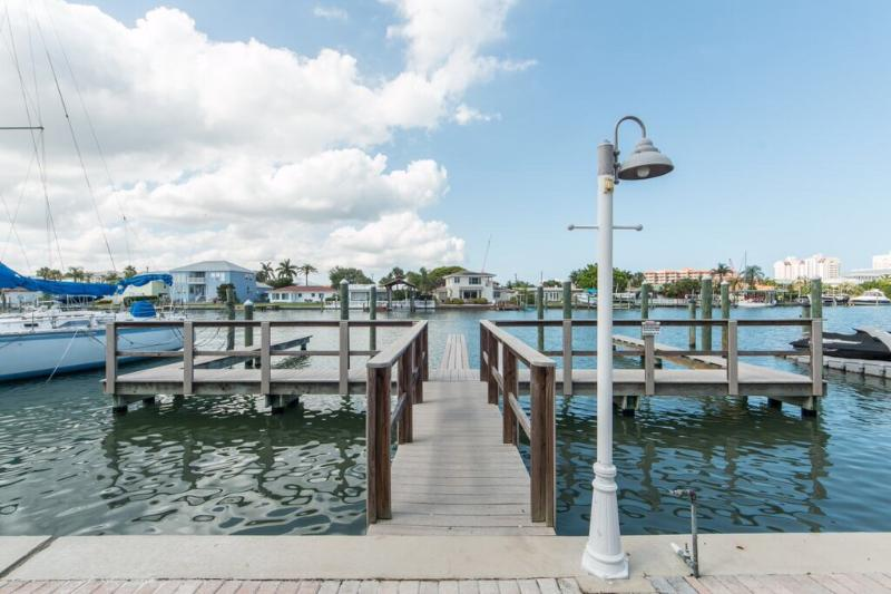 Brightwater Cay #2 - Image 1 - Clearwater Beach - rentals