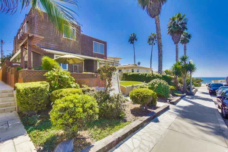 This lovely home is in a nice and quiet neighborhood in N. Pacific Beach - La701-PB, CJ's Ocean Oasis, Just Steps to the Ocean! - Pacific Beach - rentals