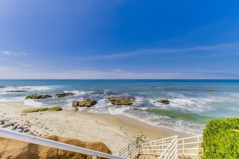 Sunset Cliffs in Ocean Beach - The Grande House in Sunset Cliffs - Pacific Beach - rentals