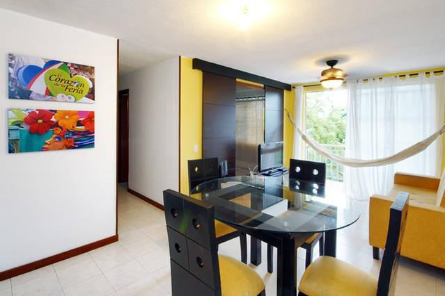Air Conditioning in Living-Dining Area - Great Location Executive Furnished Apartment Cali - Cali - rentals