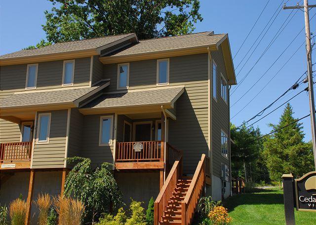 Exterior - Cedar Creek #14 - McHenry - rentals