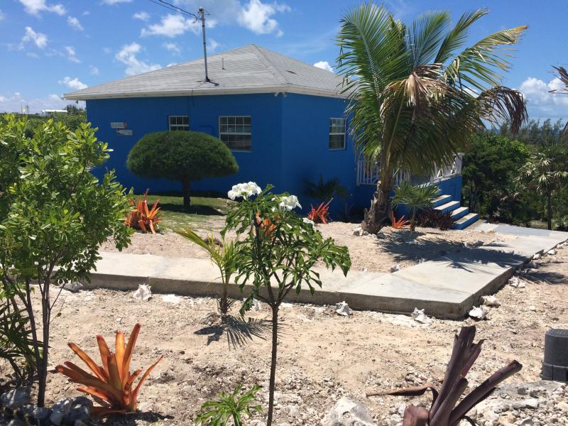 BlueSkies cottage - Blueskies, A Cozy Vacation House In Rainbow Bay - Eleuthera - rentals