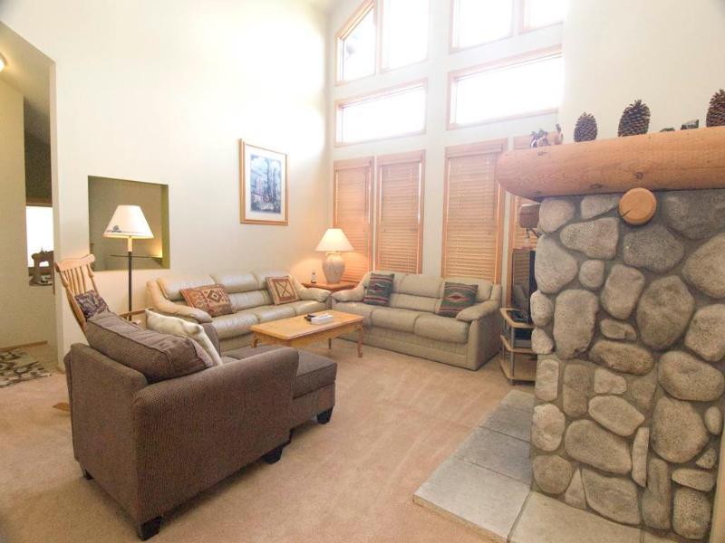#858 Links Way - Image 1 - Mammoth Lakes - rentals