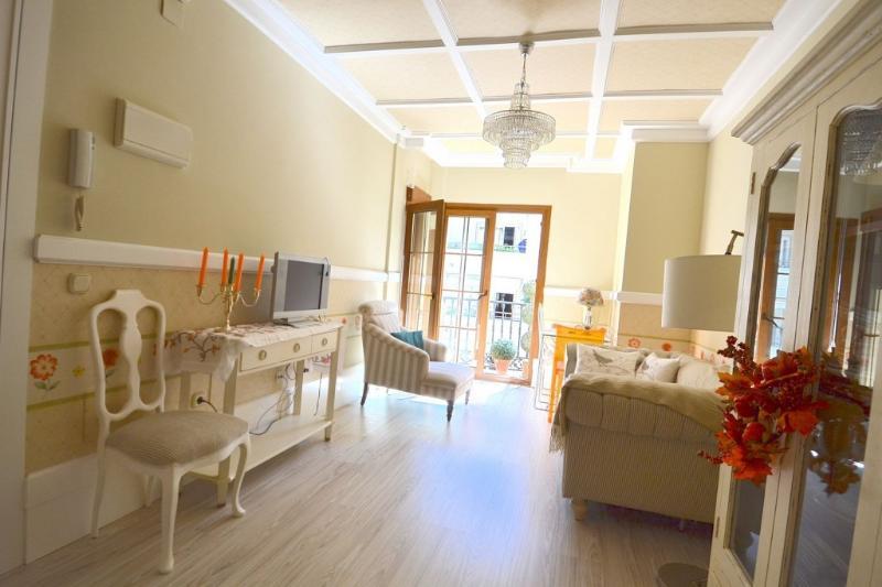 Fantastic apartment in Marbella close to the beach - Image 1 - Marbella - rentals
