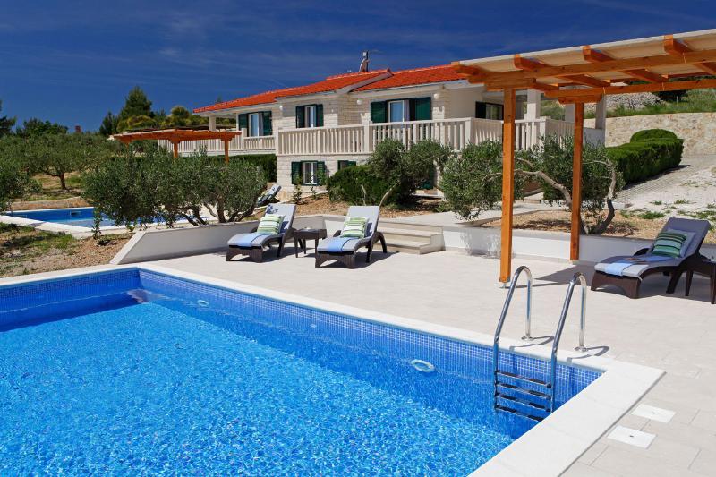 AdriaBol Luxury Villa with pool Oliva 1 - Image 1 - Bol - rentals
