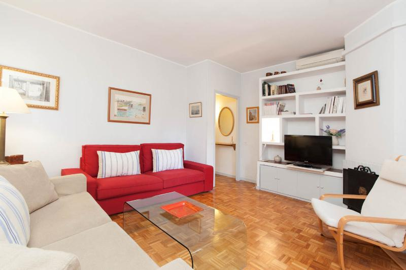 Sunny penthouse at BCN in Gracia center - Image 1 - Barcelona - rentals