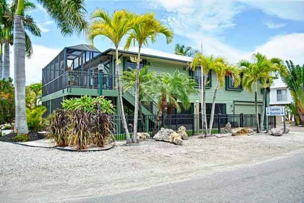 Captains Quarters - Image 1 - Holmes Beach - rentals