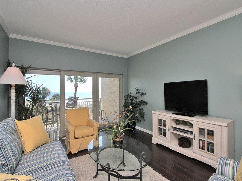 Living Room with Balcony Access and Oceanfront Views - 473 Captains Walk - Hilton Head - rentals