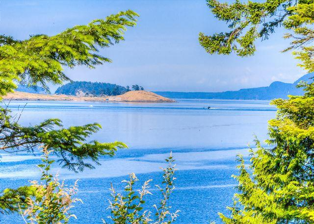 Waterfront Home with Hot Tub and Beach Access -Walk to Roche Harbor! - Image 1 - San Juan Island - rentals
