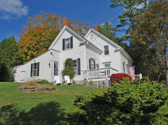 Perched on Amsbury Hill overlooking Rockport Harbor - LIGHT KEEPER - Town of Rockport - Rockport - rentals