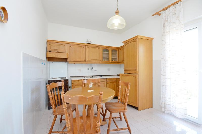 Apartments Vila Punta - 10691-A3 - Image 1 - Prvic Luka - rentals