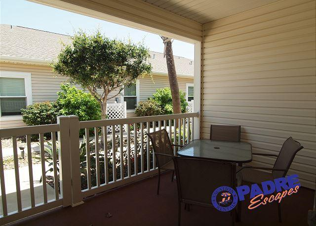 Cozy 1/1 Condo w/a Great Lagoon Style Pool! - Image 1 - Corpus Christi - rentals