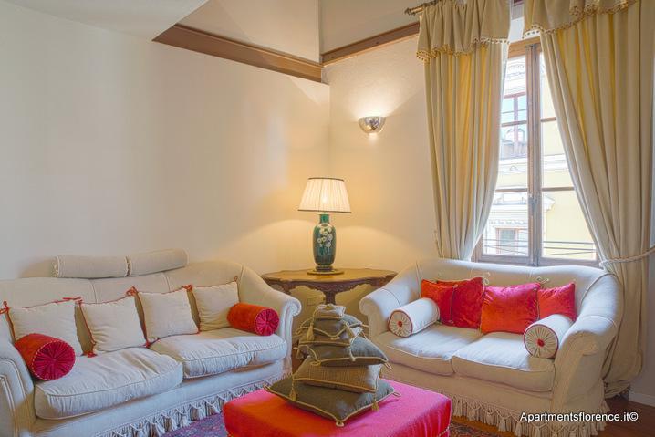Wonderful 2 Bedroom Apartment Rental Near Duomo - Image 1 - Florence - rentals