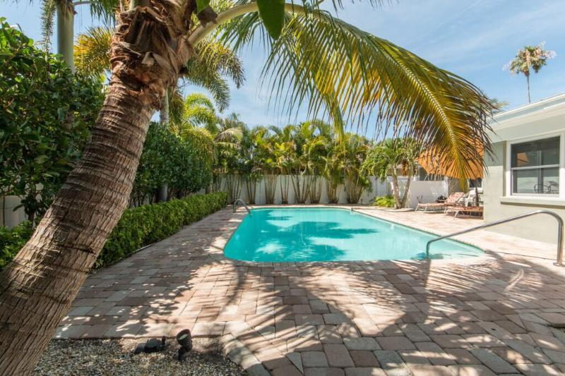 Beach Pleasures - Image 1 - Clearwater - rentals