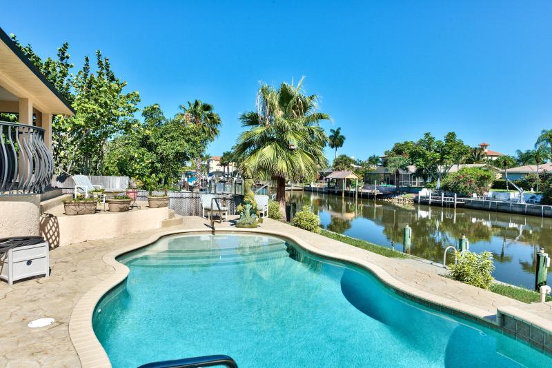 Naples Florida Vacation Homes pool beach house - Sirena Waterfront Vacation Rental - Naples - rentals