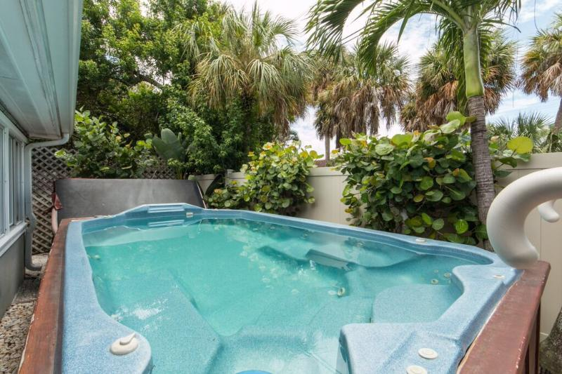 Paradise Palms - Monthly Beach Rental - Image 1 - Clearwater Beach - rentals