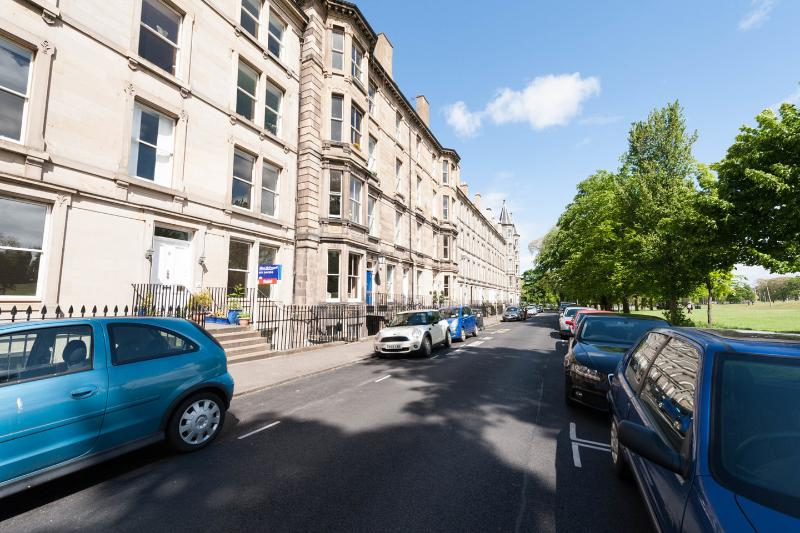 Street - Victorian apartment  ins the centre. Great views - Edinburgh - rentals