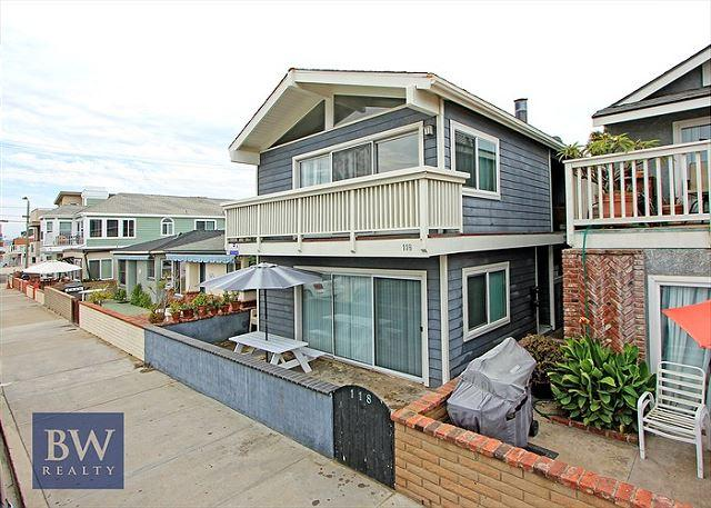 Fully remodeled and like new! View, nicely furnished, laundry, garage (68255) - Image 1 - Newport Beach - rentals