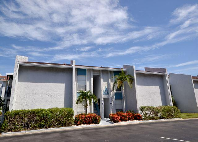 Madeira Beach Yacht Club 250F  Second floor 2 bedroom with 55 inch HD LED TV! - Image 1 - Madeira Beach - rentals