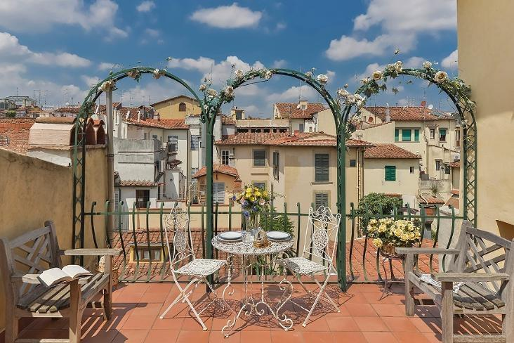 1 Bedroom Apartment at Ricasoli from Windows on Italy - Image 1 - Rome - rentals