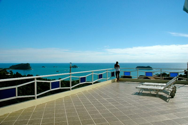 Luxury Villa, Pool & Jacuzzi, Ocean Views MONKEYS! - Image 1 - Manuel Antonio - rentals