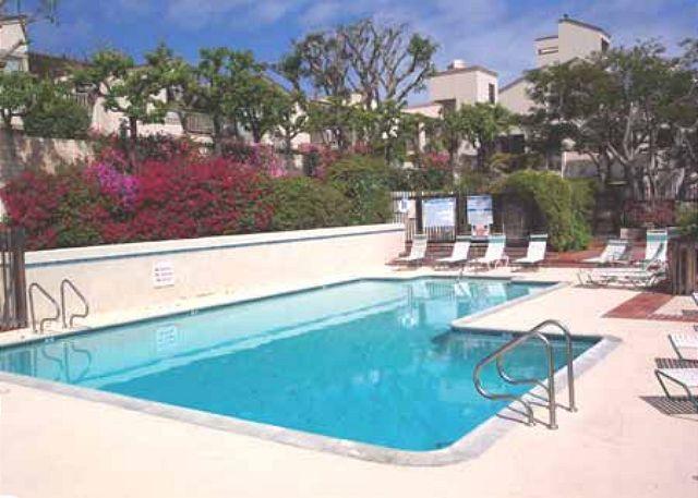 Complex Pool - 2 Bedroom, 2 Bathroom Vacation Rental in Solana Beach - (SUR111) - Solana Beach - rentals