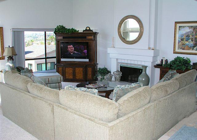 Living Room - 2 Bedroom, 2 Bathroom Vacation Rental in Solana Beach - (SUR184) - Solana Beach - rentals
