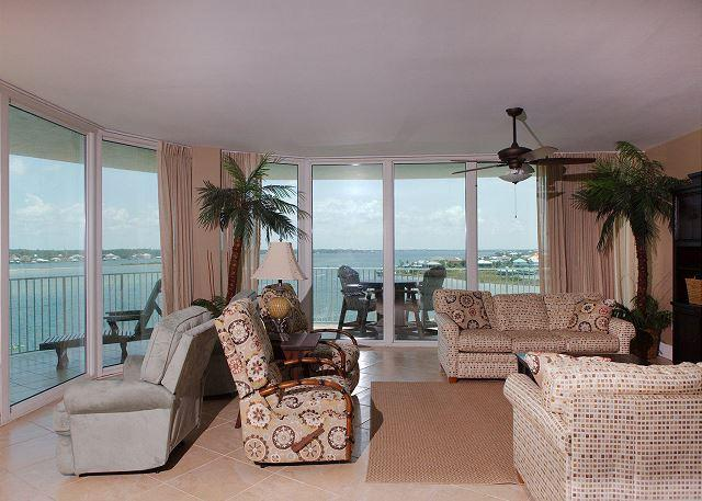 Living Room - Caribe C607 - 50%+ Off on Open 2015 Dates - Perfect Timing - Orange Beach - rentals