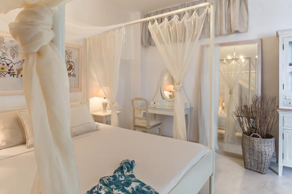 Located at Akrotiri with amazing sea and volcano views. MED MIC - Image 1 - Santorini - rentals