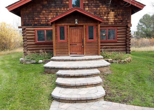 Picturesque Custom Log Cabin - Image 1 - Wilson - rentals