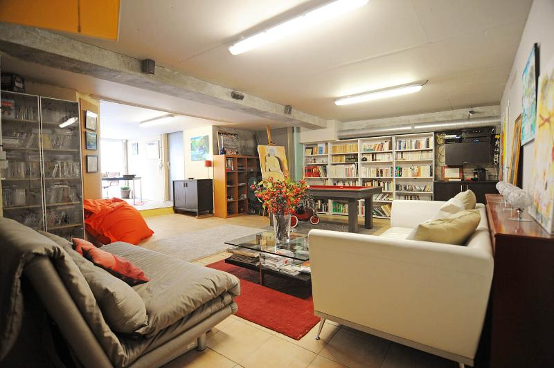 5 BD/9 guests Luxury Apt with terrace and Jacuzzi, - Image 1 - Paris - rentals