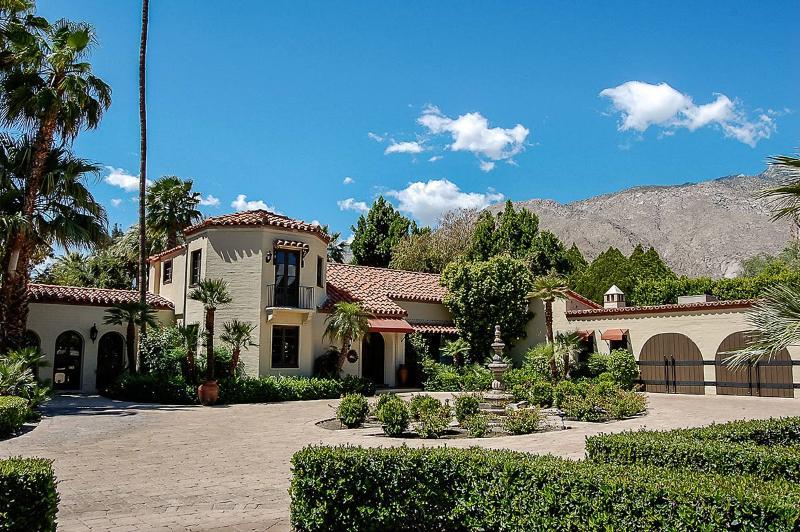 Sandacre, Sleeps 10 - Image 1 - Palm Springs - rentals