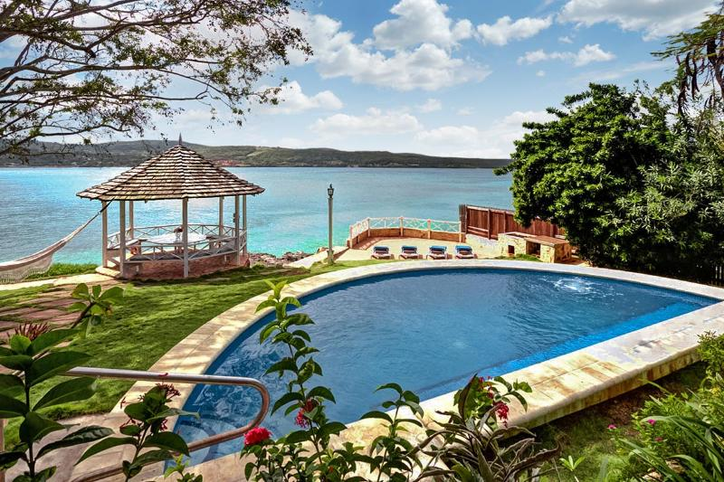 Sea Haven on Discovery Bay, Sleeps 8 - Image 1 - Discovery Bay - rentals
