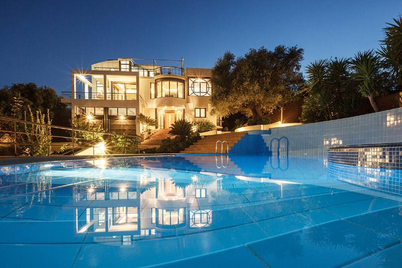 Villa Joy, Sleeps 10 - Image 1 - Chania - rentals