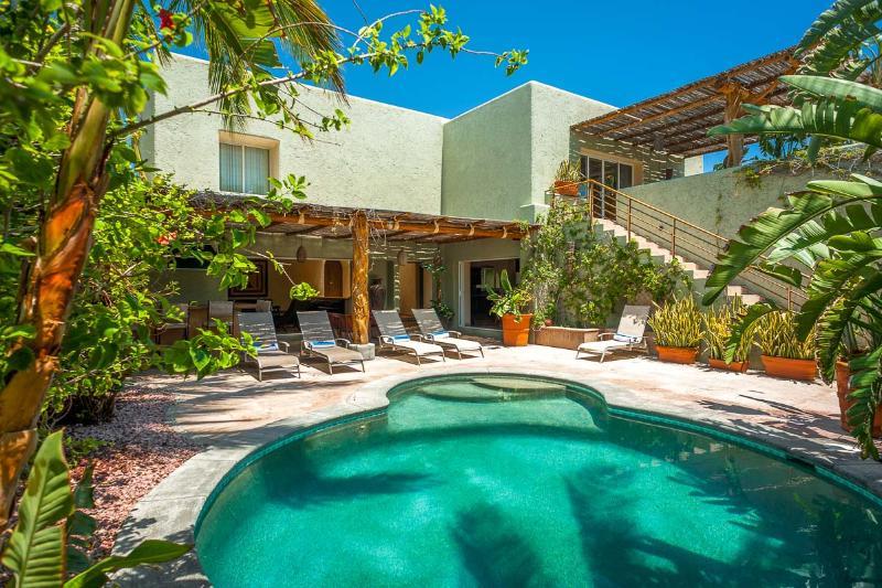 Villa Luna Nueva, Sleeps 12 - Image 1 - Cabo San Lucas - rentals