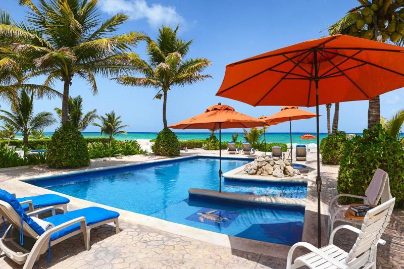 Villa Picon, Sleeps 8 - Image 1 - Playa del Secreto - rentals