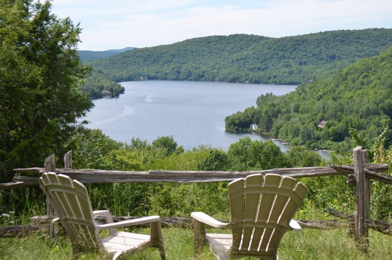 Mont Tremblant Lakeview Terrace - A Real Gem - Loo - Image 1 - Mont Tremblant - rentals