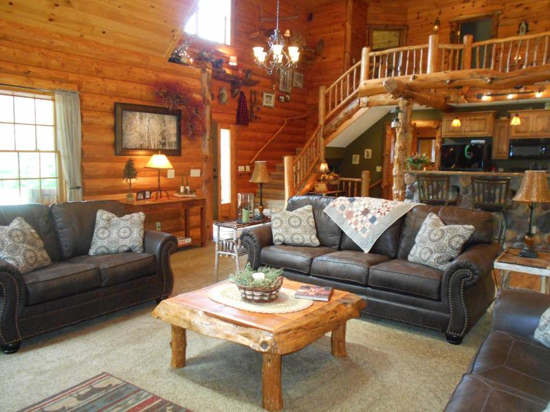 Living room - Rustic Lodge (rates based on 6 guest) ID required - Shell Lake - rentals