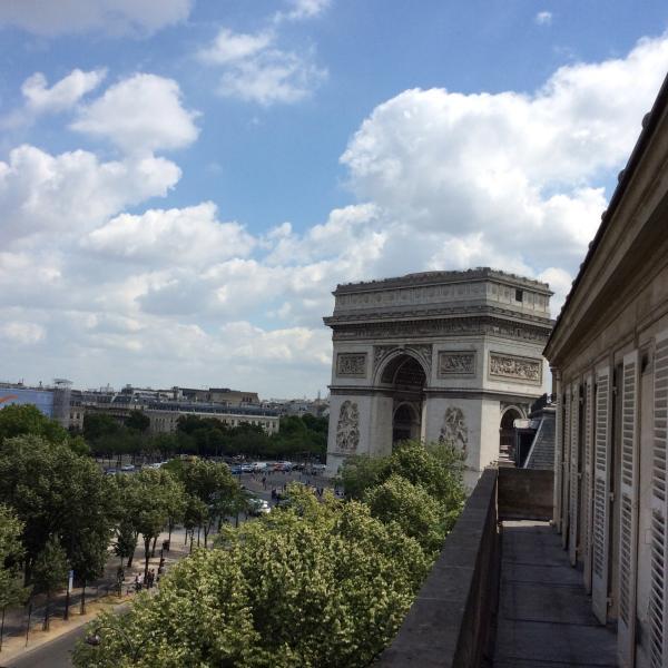 lead photo - Exceptional Apartment with 2 Bedrooms in Paris - Paris - rentals