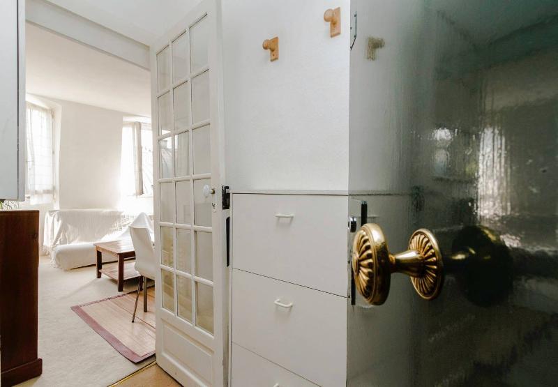 Hall - c8cd9fcc-e5ed-11e1-8cce-0019b9ec8777 - 6th Arrondissement Luxembourg - rentals