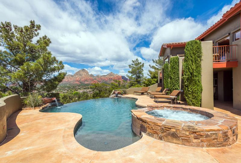 Your own private pool and spa with red rock views - Heated..Pool..Spa..Views..Luxury.. Red Rock Vistas - Sedona - rentals