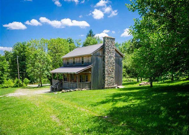 All the Comforts of Home, Beautiful Views, Just Minutes from Ohiopyle! - Image 1 - Ohiopyle - rentals