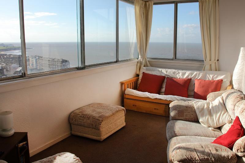 Dreamland Lets seaside self-catering, Margate Kent - Image 1 - Margate - rentals