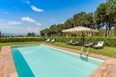Historical Tuscan townhouse Casa Felice Matteucci in splendid natural setting with pool - Image 1 - Vorno - rentals