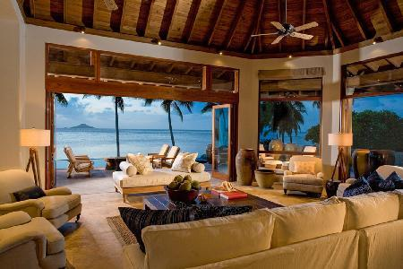 Spacious beachfront oasis Aquamare Villa 3 with lush grounds & heated pool - Image 1 - Mahoe Bay - rentals