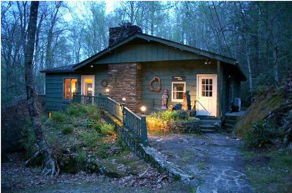 Running Brook Location: Between Boone & Blowing Rock - Image 1 - Boone - rentals
