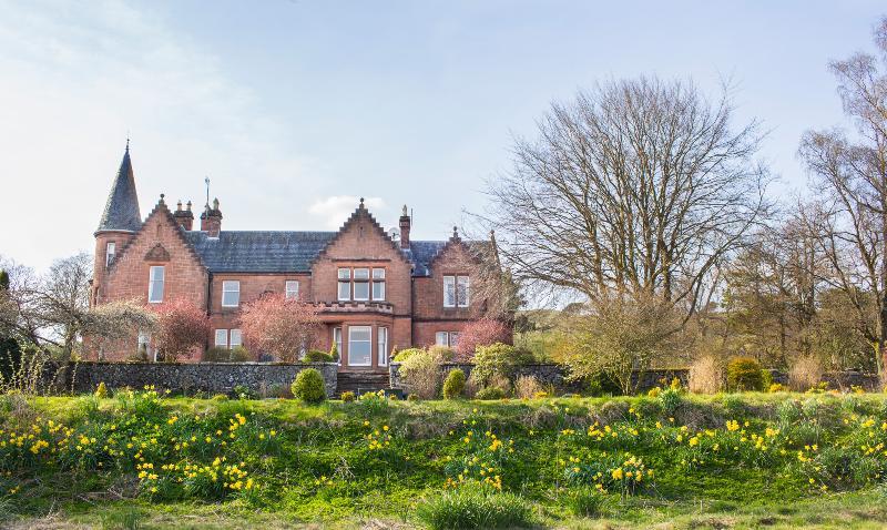 Turret Mansion House - Image 1 - Skirling - rentals