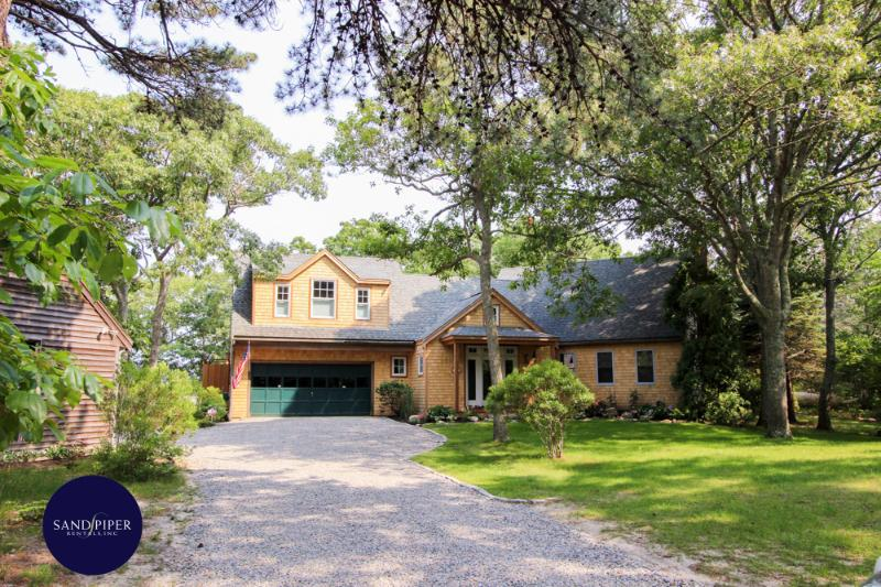 #7717 Private 4+ acre waterfront retreat w/ dock - Image 1 - Weston - rentals