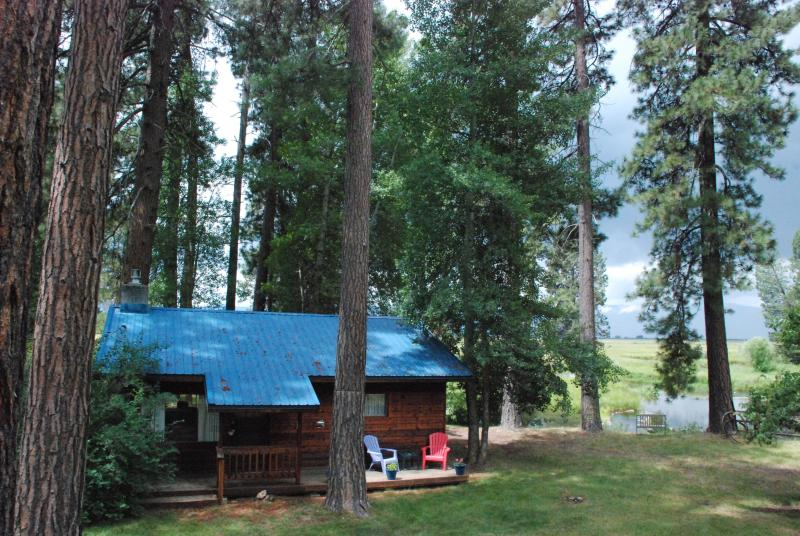 The Cabin - Tecumseh Spring Rentals - The Cabin - Crater Lake - rentals
