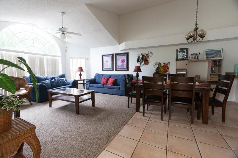 Living Room - 3 bedroom / 2 bathroom condo at Laguna Bay Villas - Kissimmee - rentals